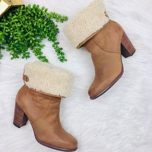 Tommy Hilfiger Roll Down Sherpa Leather ankle Boot